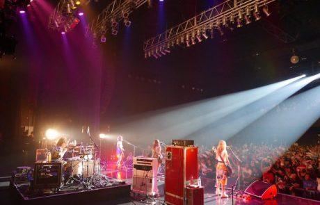 SCANDAL en concert au Tokyo International Music Market