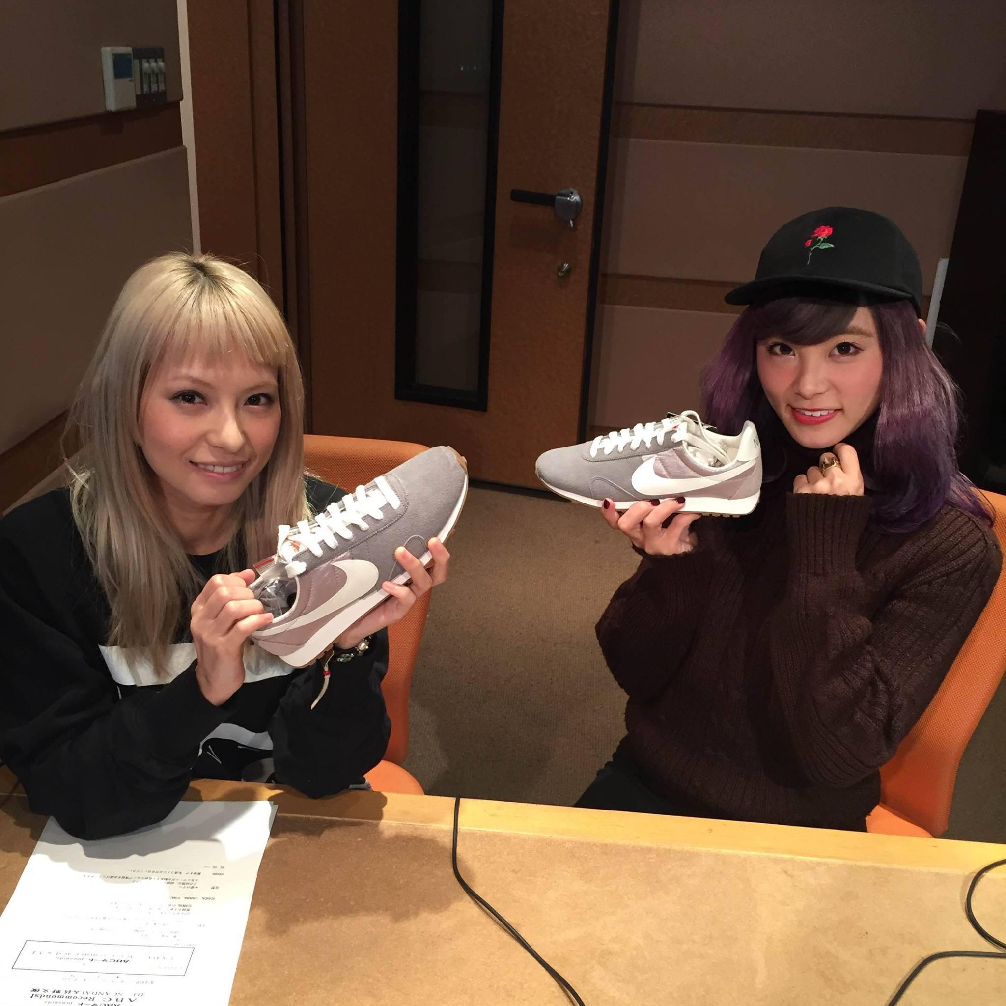 SCANDAL on ABC-Mart « Recommands » (Rina&Haruna)