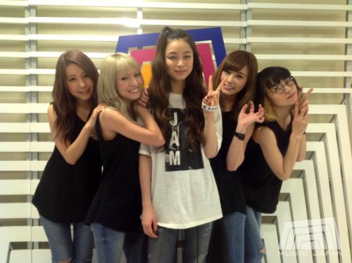 SCANDAL dans Music Japan