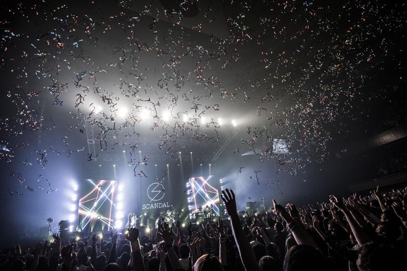 Sortie en DVD du concert au Budokan de la tournée 「SCANDAL ARENA TOUR 2015-2016 『PERFECT WORLD』」