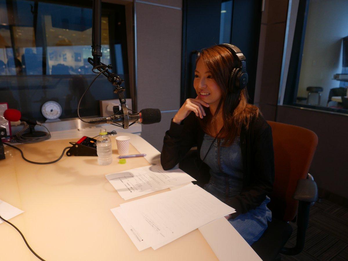 {#Radio} Haruna dans l'émission «TUNE INTO THE FUTURE 198∞ «