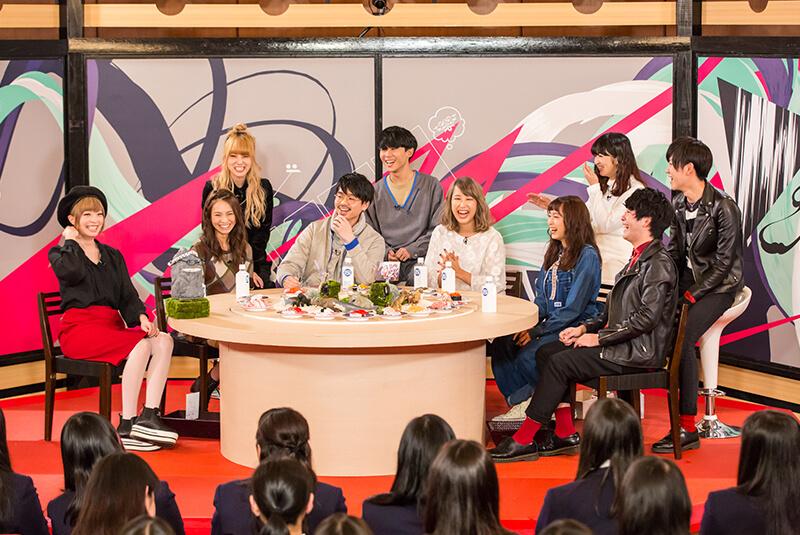 {TV} Haruna et Mami dans l'émission «Nanda Kore»